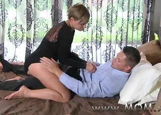 Cheating wife fucks with her horny boss