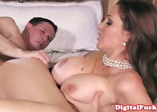 Cheating secretary nailed by her boss