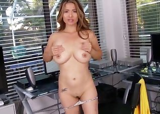 Stunning busty MILF stimulates her tight hole